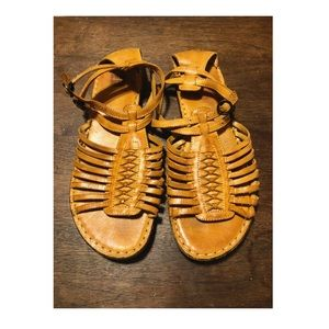 FRYE Leather Huarache style sandals